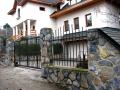 Ocelové konstrukce, zábradlí, vrata, ploty i ozdobné mříže vám na zakázku vyrobí zámečnictví ELZA