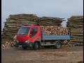 Prodej kvalitního palivového dříví – tvrdé listnaté a měkké jehličnaté kvalitní dřevo
