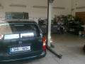 Auto pneuservis STK výměna oleje autolakýrnické práce Hradec