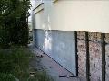 Domy na klíč sanace staveb izolace proti vlhkosti radonu Hradec