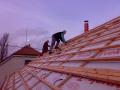 Komplexní realizace střech na klíč práce tesařské krovy Hradec
