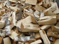 Kvalitní štípané palivové dřevo