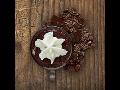 Kvalitní horká čokoláda, čaje, káva, jogurtové nápoje, dovoz a prodej