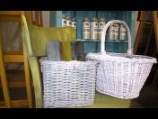 """Spreje CHALK PAINT pro renovaci nábytku ve stylu ,,vintage"""" - matný povrch a sametový vzhled"""