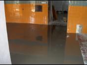 Velmi odolné polyuretanové a epoxidové podlahy dle konkrétních požadavků
