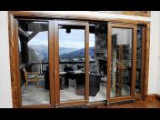 Posuvné balkonové dveře - bezpečné dveře na balkón od kvalitního stolařství v Opavě