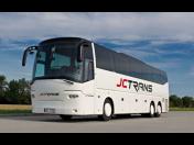 Autobusová přeprava - bezpečné busy na zájezd i školní výlet