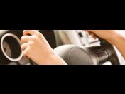 Řidičák na auto Benešov – možnost povinných jízd o víkendu