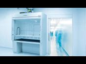 Regulace laboratorních digestoří pro bezpečné pracovní prostředí