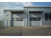 Výklopná garážová vrata Rohoznice – uzavření garáže na dálkové ovládání