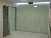 Skleněné sprchové kouty, koupelnové zástěny, zrcadla na míru ze sklenářství