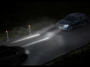Bezpečná jízda díky interaktivním předním a zadním světlometům
