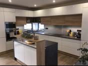 Návrhy a výroba kuchyňských linek – praktické a moderní kuchyně