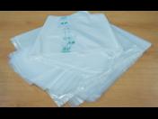 Plastové obalové materiály, pytle, sáčky, plastové plachty.