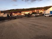 Chodníky, komunikace pro pěší, parkoviště – realizace a rekonstrukce
