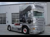 Autolakovna - opravy a lakování karoserií všech značek osobních a užitkových aut