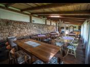 Rustikální penzion s prostory pro pořádání svateb a vlastním vinným sklípkem