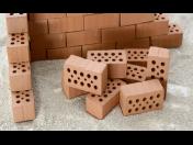Základové desky, dlažby, omítky, rekonstrukce Benešov, stavební práce, fasády, výstavba domů
