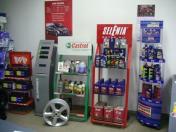 Prodej originálních i neoriginálních či starších náhradních dílů všech značek – Opel, Ford, Jeep atd.
