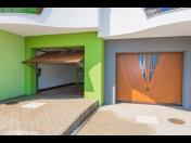 Pobyt v apartmánech s nevšední architekturou vybavených soukromou garáží
