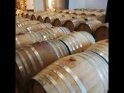 posezení ve vinném sklípku s ubytováním v rodinném vinařství