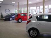 Prodej a kompletní servis při nákupu osobních a užitkových vozů  Opel, Fiat, Jeep a Alfa Romeo