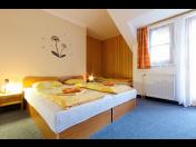 Ubytování v pensionu rodinného typu  - příjemné prostředí, celoroční provoz