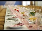 Cateringové služby pro soukromé akce - oslavy, svatební hostiny, rauty, bankety