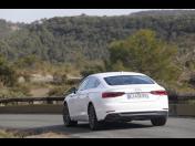 Luxusní zážitkové jízdy, pronájem a půjčovna sportovních automobilů Jaguar, Audi a BMW