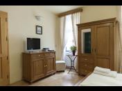 Minibar s vinotékou na každém pokoji - penzion v centru Znojma