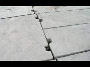 Betonové svršky pro pozemní komunikace - panely, kamenná a zámková dlažba