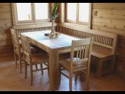 Originální, ručně vyráběný nábytek z masivu – pořiďte si jídelní stůl, židle či lavice ze smrku nebo dubu