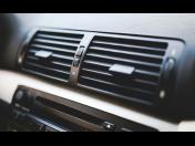 Profesionální autoservis, čištění klimatizace, oprava autoskla a výměna pneumatik
