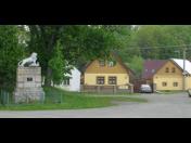Malebná víska na Domažlicku, která láká řadu turistů