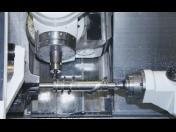 CNC soustružení a frézování - přesné stroje pro výrobu průmyslových dílů