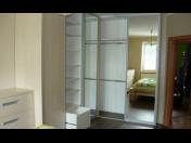 Truhlářství Svitavy, výroba vestavěných skříní, kuchyňské linky, dětské pokoje, kancelářský nábytek