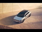Hyundai IONIQ 5 – elektrické SUV s rychlým nabíjením, větším dojezdem, inovativním designem a chytrými technologiemi