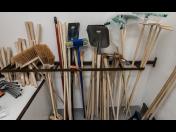 Široký výběr ručního nářadí pro zedníky, stavebníky, zahradníky i domácí kutily