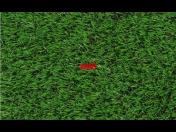 Pokládka umělého trávníku kolem bazénu - umělá tráva má přirozený vzhled, bezpečný povrch bez nutnosti údržby