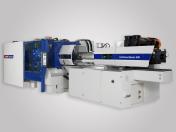 Stroje, roboty a manipulátory – vše pro plastovou výrobu