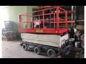 Použitá pojízdná zdvihací pracovní plošina H1310 po revizi