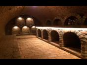 Stavba vinných sklepů, vináren, rotund archivu včetně vypracování projektové dokumentace