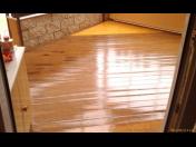 Malířské a natěračské práce - ploty, vrata, zábradlí, střechy a podlahy