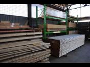 Podlahové, obkladové palubky, stavební dřevo, OSB desky - výrobky ze dřeva