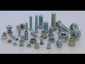 Nýtovací a lisovací matice, spojovací materiál do plechu, distribuce a prodej