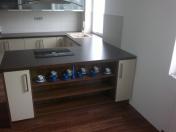 Realizace interiéru bytu-kuchyně, dětské pokoje, schodiště