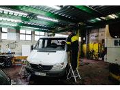 Expresní opravy a výměny autoskel Praha 9