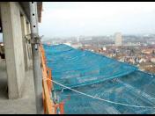 Systém záchytných sítí SafeNet pro výškové stavby, záchytné sítě jako ochrana chodců