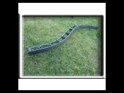 Neviditelný zahradní obrubník - vysoce odolný a jednoduše tvarovatelný