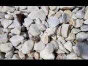 Prodej sypkých materiálu - štěrku, písku, lomové drti, okrasných kamenů